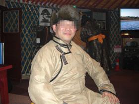 モンゴル民族衣装コスプレ(爆)