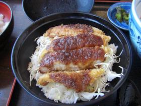 そば蔵宮田店のソースカツ丼