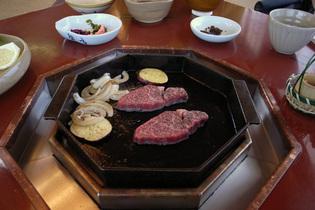 三嶋亭のオイル焼き