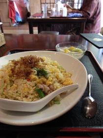 上海湯包小館のアスパラ炒飯セット(アスパラ炒飯、杏仁豆腐)