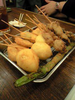 串カツで昼飯